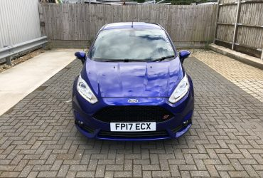 Fiesta ST Decontamination Ceramic before and after polishing snow foam swirls (58)